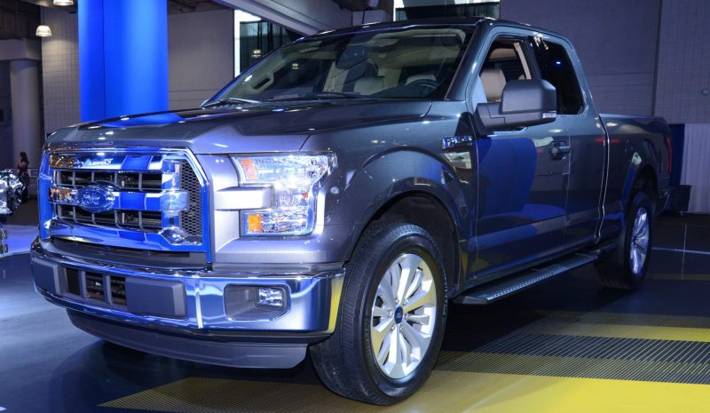 2015 Ford F-150 Platinum Is Disruptively Attractive in Real Life 17