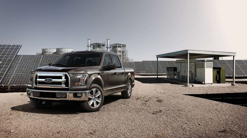 2015 Ford F-150 Platinum Is Disruptively Attractive in Real Life 7