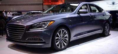 2015 Hyundai Genesis 32