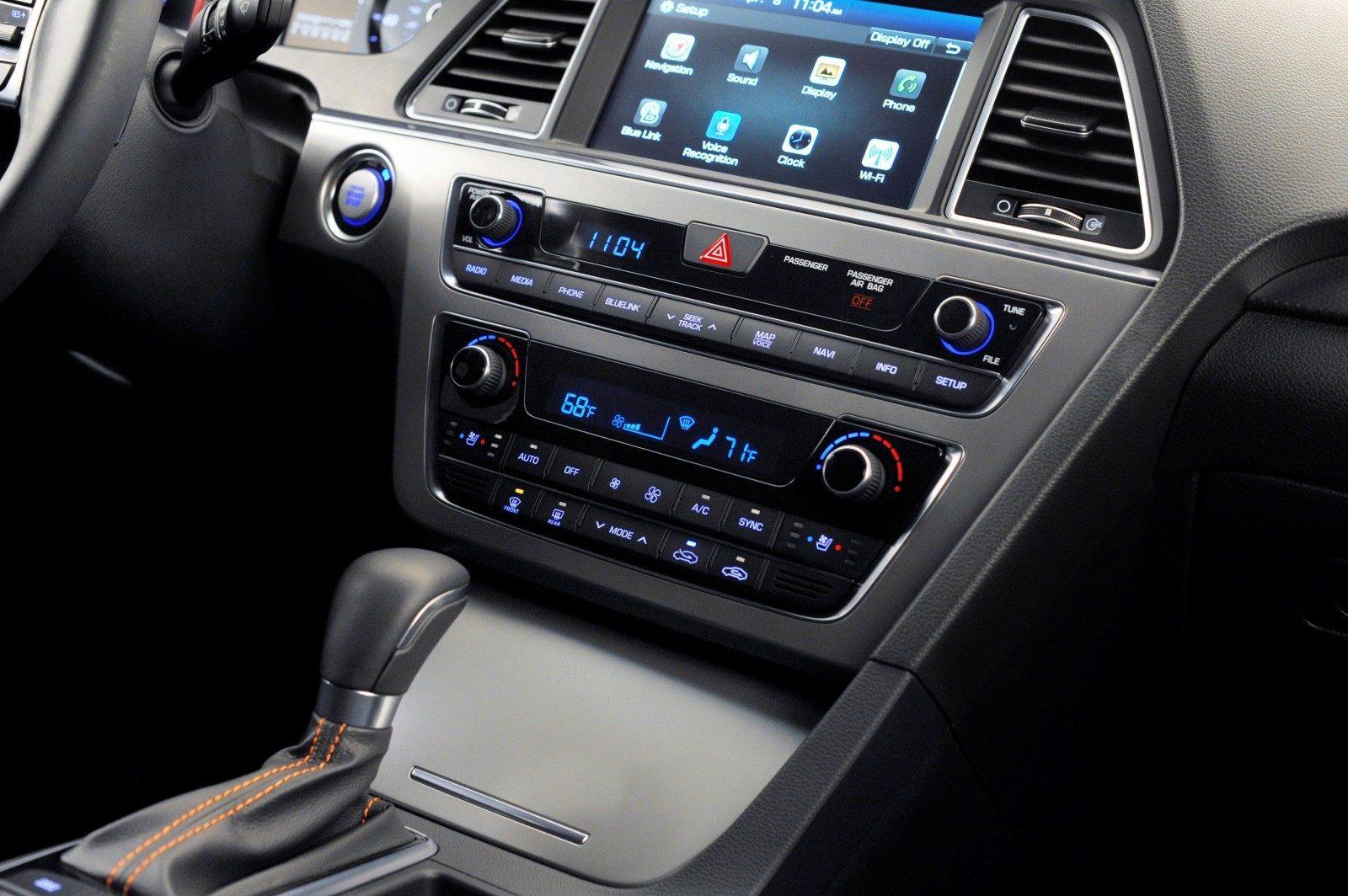 Road Test Review - 2015 Hyundai Sonata - INTERIOR Focus