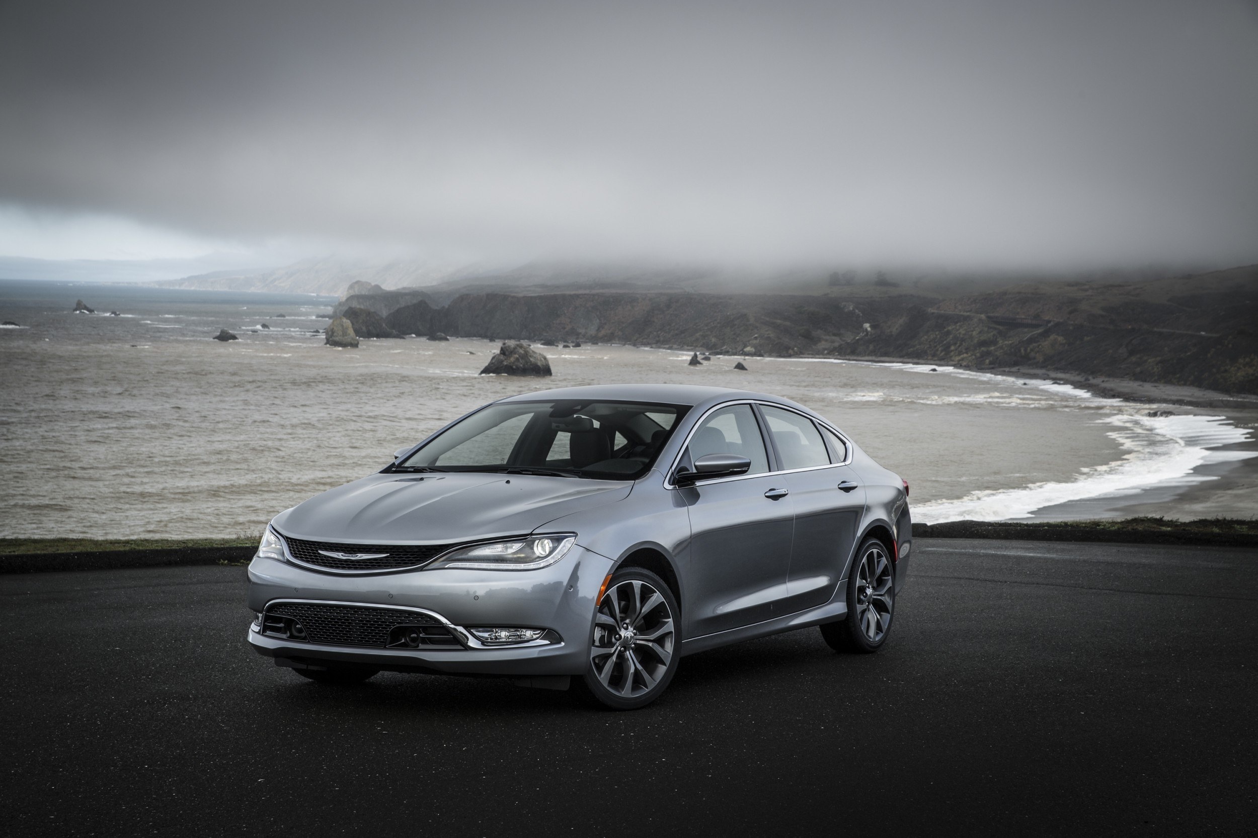 sedan gives chrysler msrp nhtsa top safety rating to