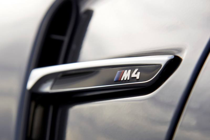 Car-Revs-Daily.com -- 2015 BMW M4 Convertible in 39 High-Res Official Photos 7