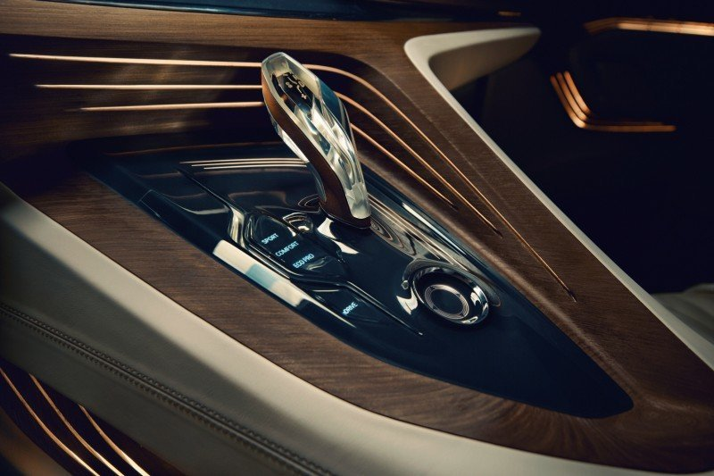 Car-Revs-Daily.com BMW Vision Future Luxury COncept - Beijing 2014 INTERIOR3