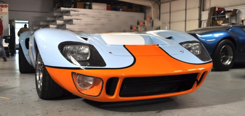 Car-Revs-Daily.com Imagines a Superformance GT40 Spyder 25