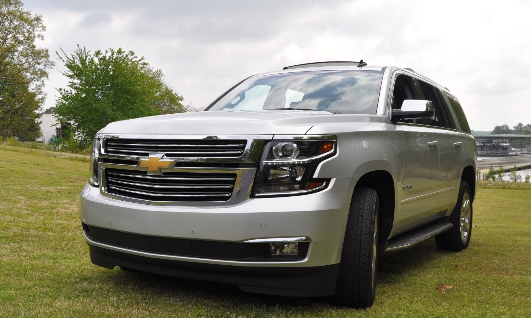 2012 chevrolet tahoe gas mileage mpg and fuel economy. Black Bedroom Furniture Sets. Home Design Ideas