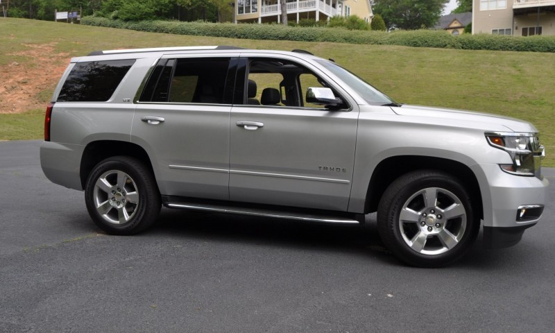 Car-Revs-Daily.com Road Test Review Videos - 2015 Chevrolet Tahoe LTZ 4WD59
