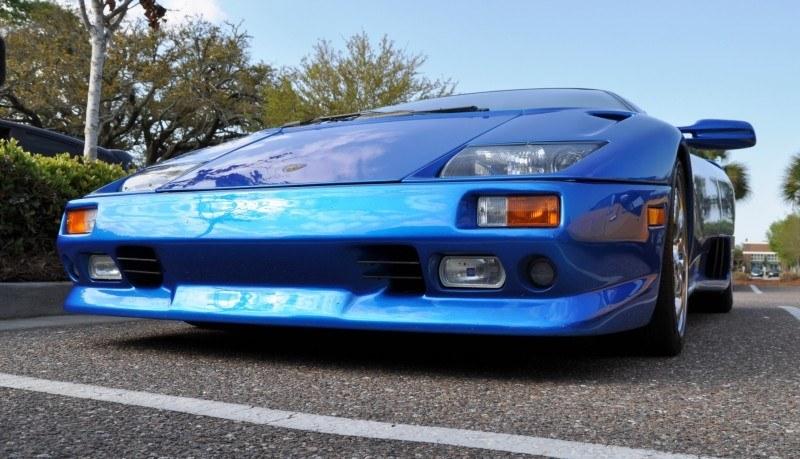 Car-Revs-Daily.com Supercars 1999 Lamborghini Diablo VT15