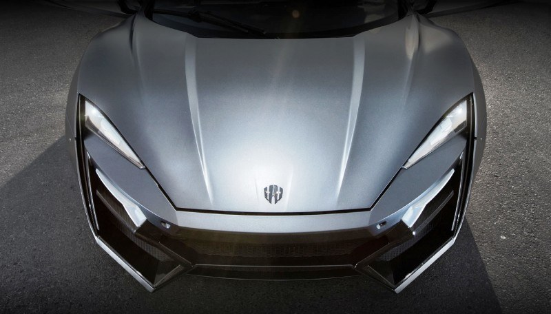Car-Revs-Daily.com - W Motors LYKAN HyperSport 30