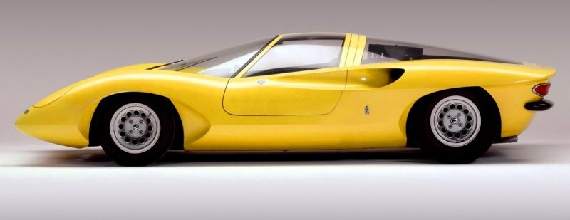 Concept Flashback -- 1969 Alfa-Romeo Tipo 332 Coupe Speciale -- Gullwing Mid-Engine Supercar That Never Was 13