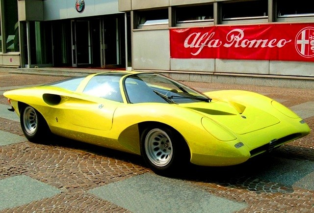Concept Flashback -- 1969 Alfa-Romeo Tipo 332 Coupe Speciale -- Gullwing Mid-Engine Supercar That Never Was 18