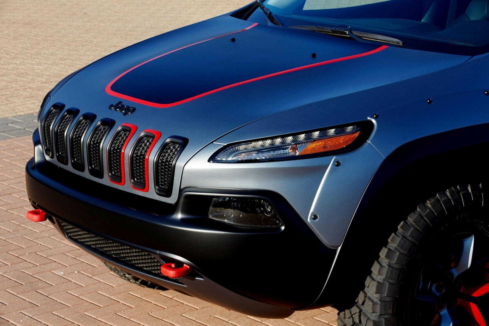 2017 Jeep Cherokee Lifted >> MOPAR Adding Huge JEEP Upgrade Options -- Cherokee Adventurer, Cherokee Dakar and Grand Cherokee ...