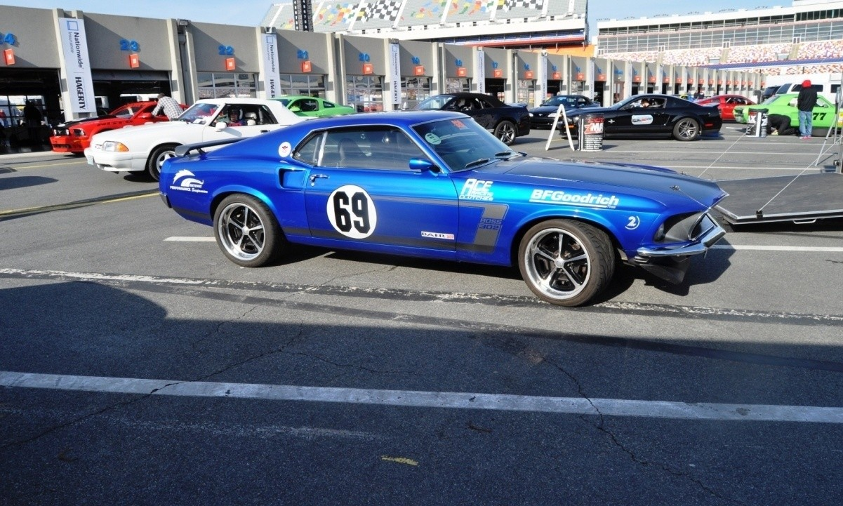 Mustang 50th Anniversary - Stragglers Gallery Shows 150 Great Photos of Your Dream Mustangs 10