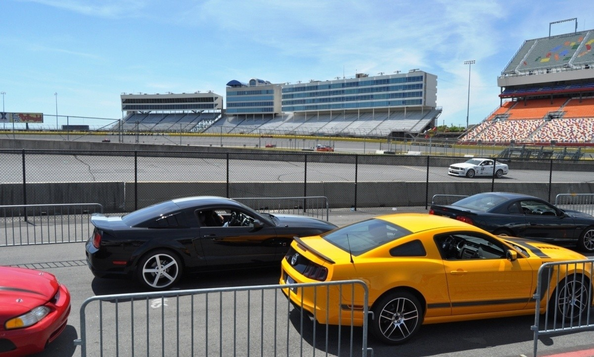 Mustang 50th Anniversary - Stragglers Gallery Shows 150 Great Photos of Your Dream Mustangs 135