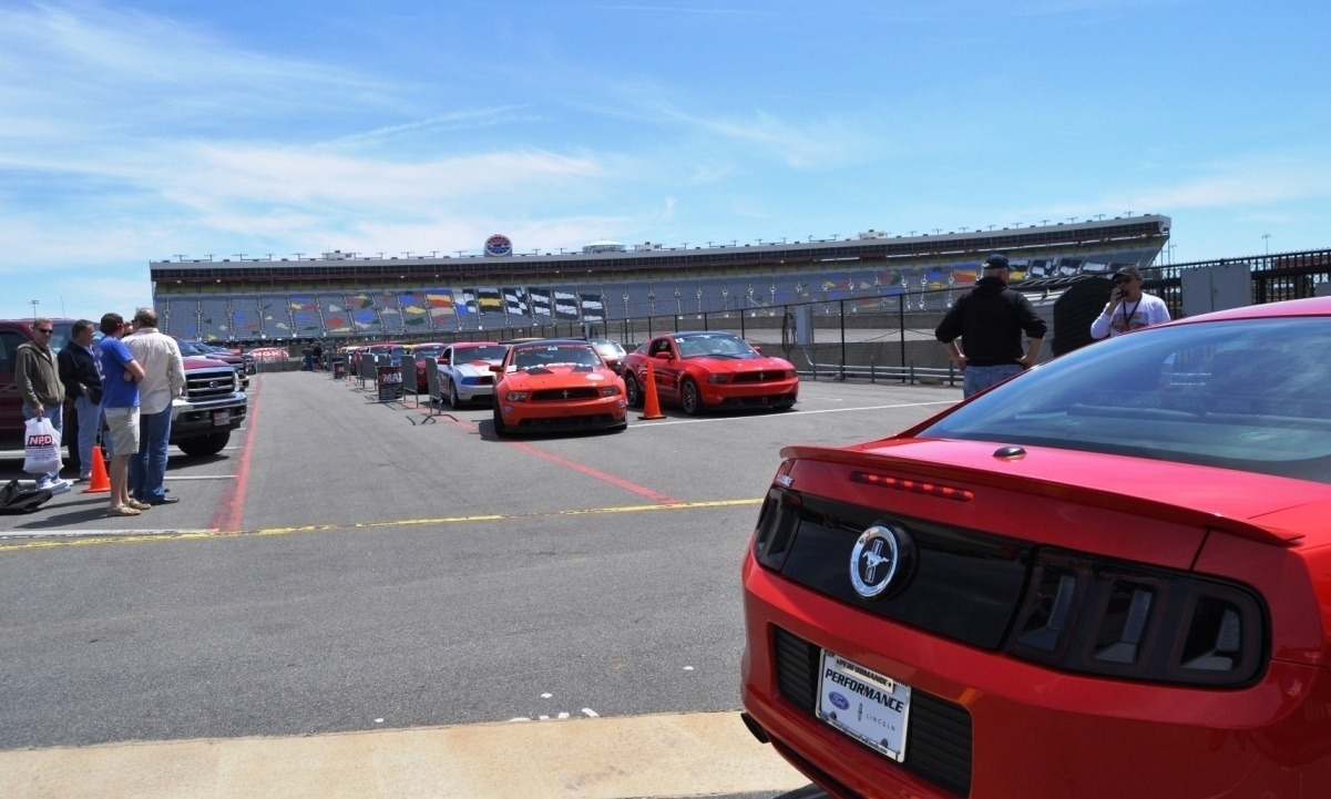 Mustang 50th Anniversary - Stragglers Gallery Shows 150 Great Photos of Your Dream Mustangs 154