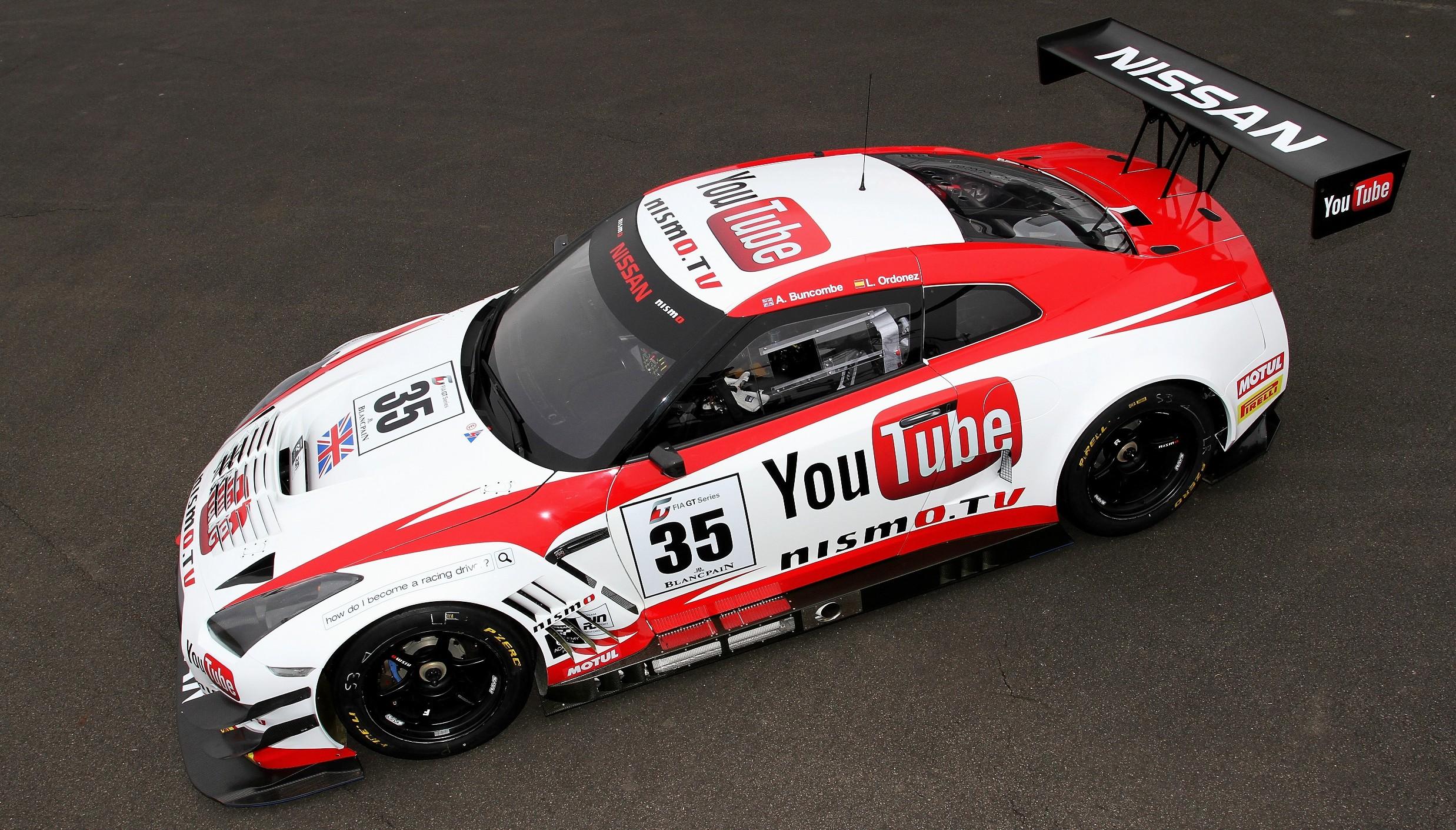 Nissan Gt R Nurburgring Race