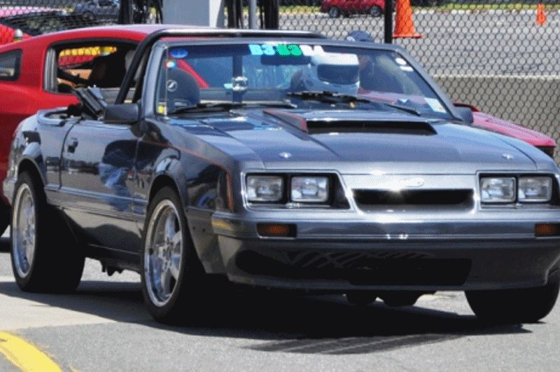 The Ford Mustang 86 GIF
