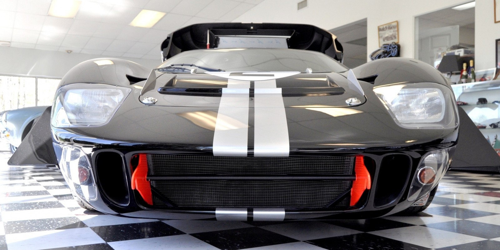Touring the Olthoff Racing Dream Factory - Superformance GT40s and Cobras Galore 2