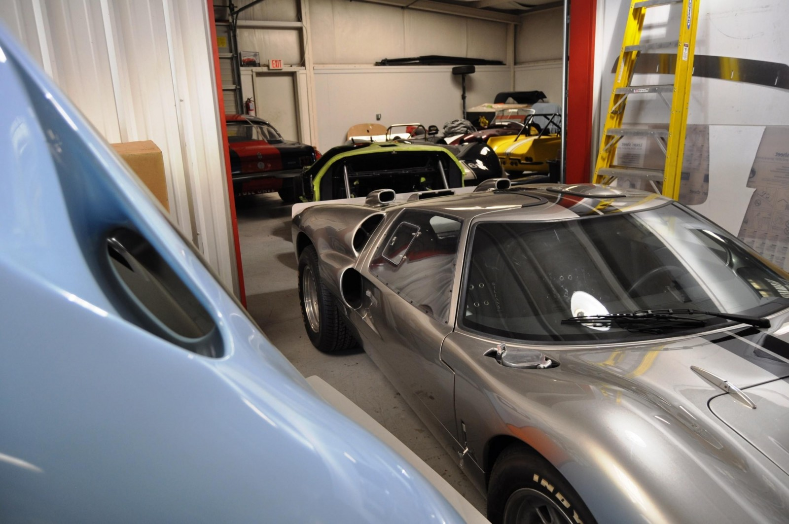 Touring the Olthoff Racing Dream Factory - Superformance GT40s and Cobras Galore 20