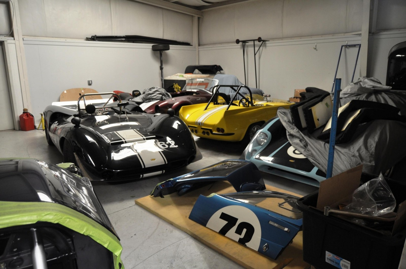 Touring the Olthoff Racing Dream Factory - Superformance GT40s and Cobras Galore 23