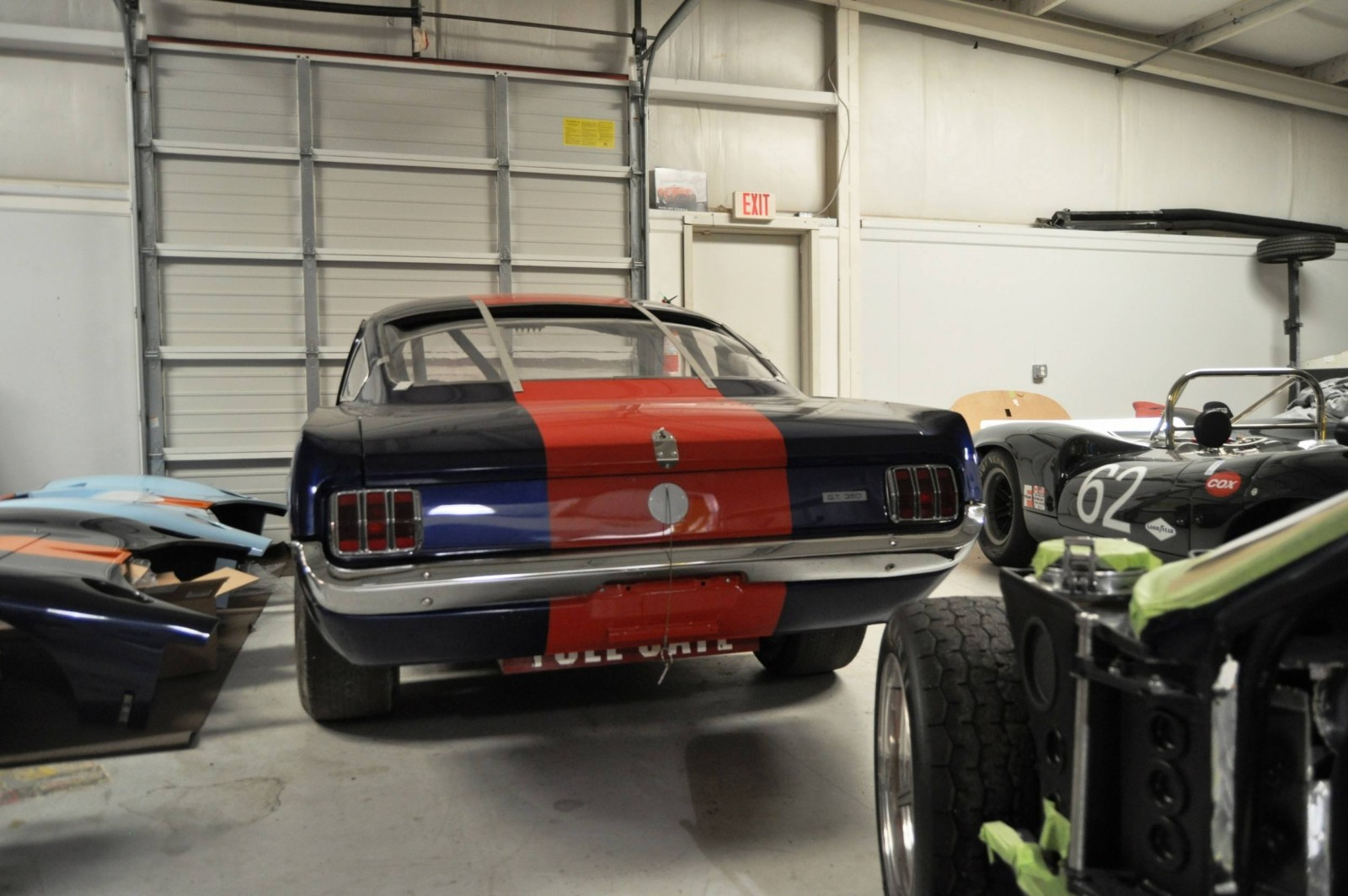Touring the Olthoff Racing Dream Factory - Superformance GT40s and Cobras Galore 25