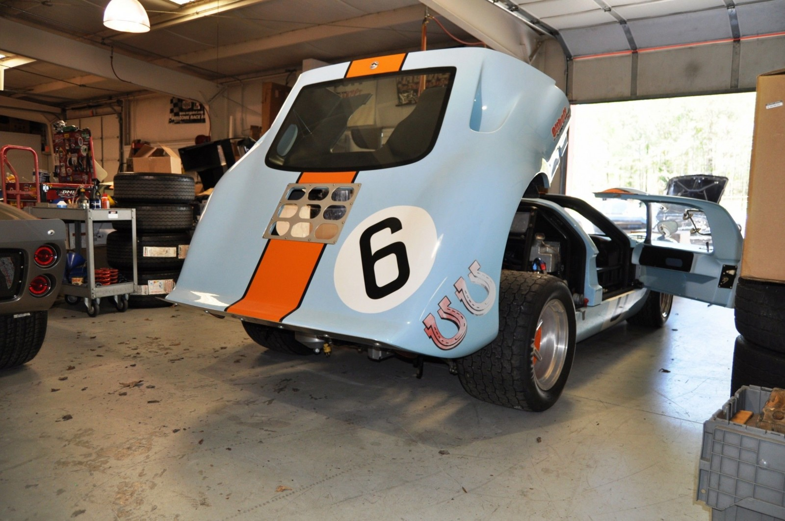 Touring the Olthoff Racing Dream Factory - Superformance GT40s and Cobras Galore 31