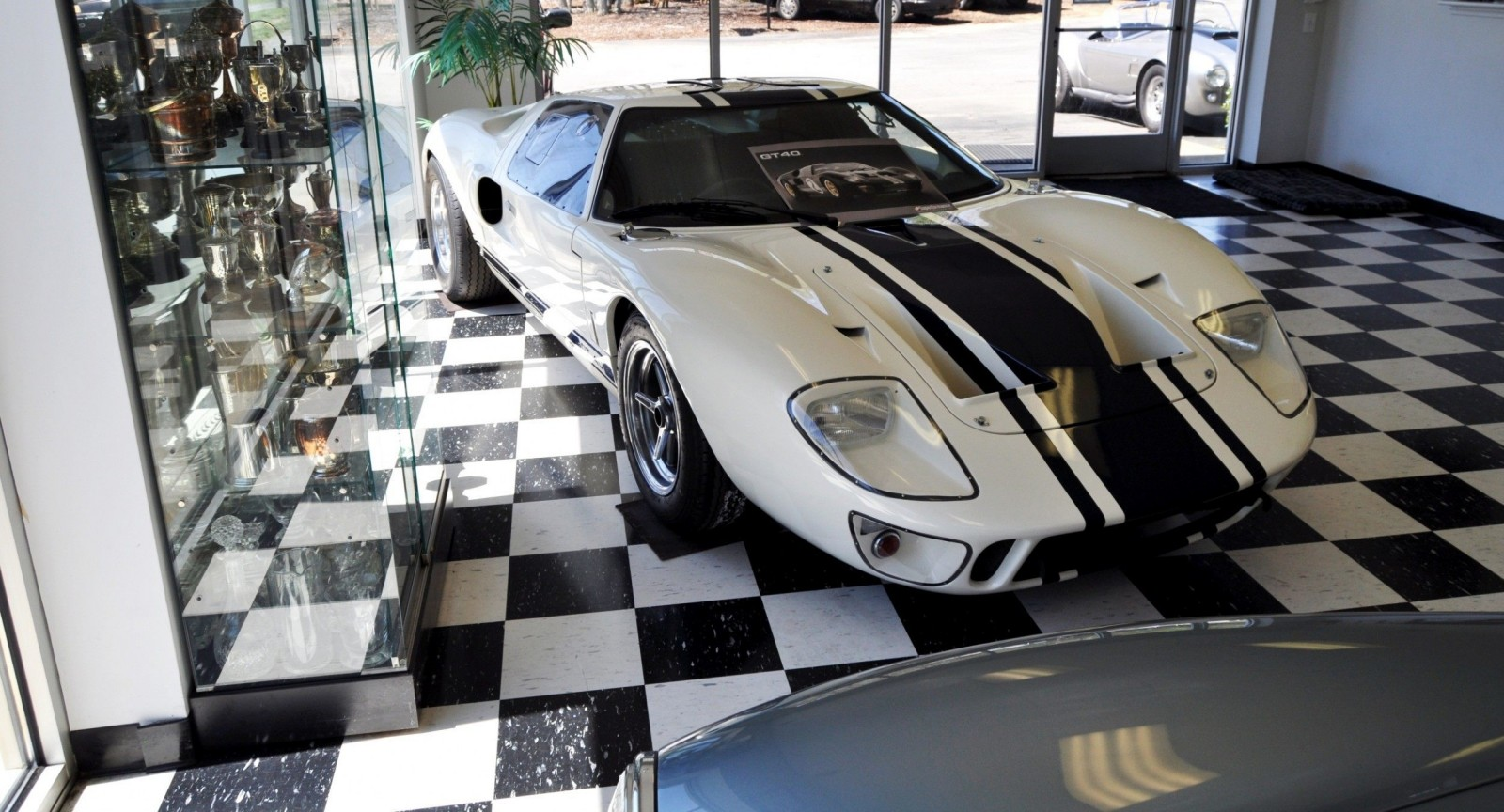 Touring the Olthoff Racing Dream Factory - Superformance GT40s and Cobras Galore 53