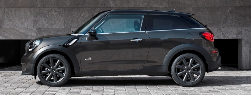 Car-Revs-Daily.com - 2015 MINI PACEMAN LED and Dark Style Updates 3