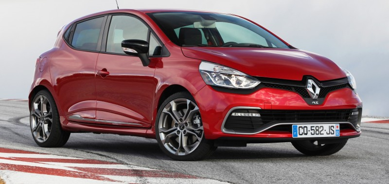 Car-Revs-Daily.com Builds a 2014 Renault Clio RS 200 EDC Lux 55