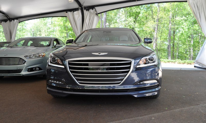 Car-Revs-Daily.com Snaps the 2015 Hyundai Genesis 5.0 V8 12