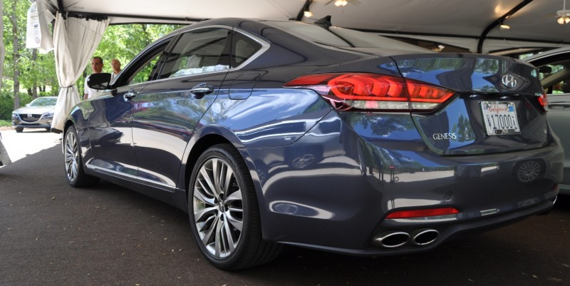 Car-Revs-Daily.com Snaps the 2015 Hyundai Genesis 5.0 V8 23