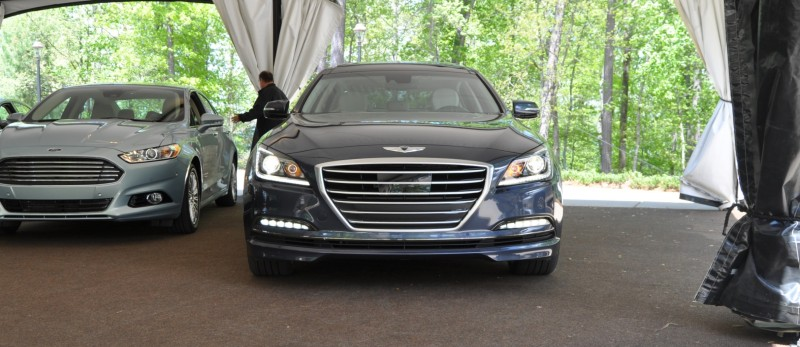 Car-Revs-Daily.com Snaps the 2015 Hyundai Genesis 5.0 V8 32
