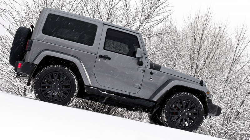 High-Fashion JEEP Upgrades - KAHN Design Shows Sexy New Wrangler Grilles, LEDs, Wheels and Leathers 19
