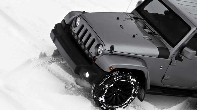High-Fashion JEEP Upgrades - KAHN Design Shows Sexy New Wrangler Grilles, LEDs, Wheels and Leathers 22