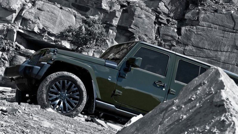 High-Fashion JEEP Upgrades - KAHN Design Shows Sexy New Wrangler Grilles, LEDs, Wheels and Leathers 49
