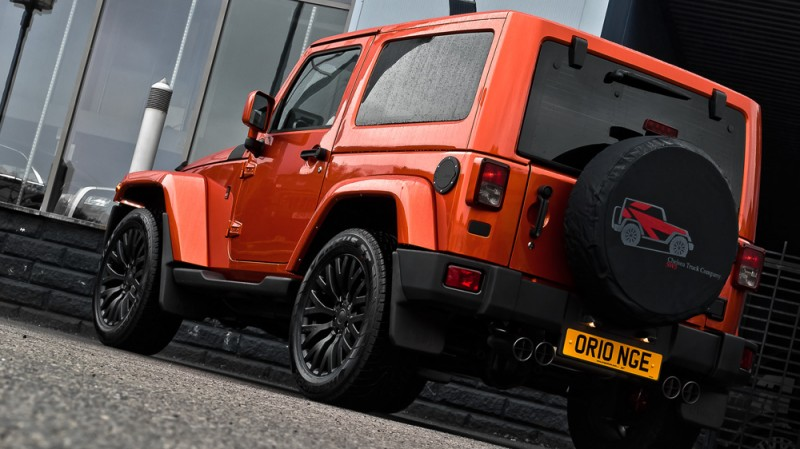 High-Fashion JEEP Upgrades - KAHN Design Shows Sexy New Wrangler Grilles, LEDs, Wheels and Leathers 6