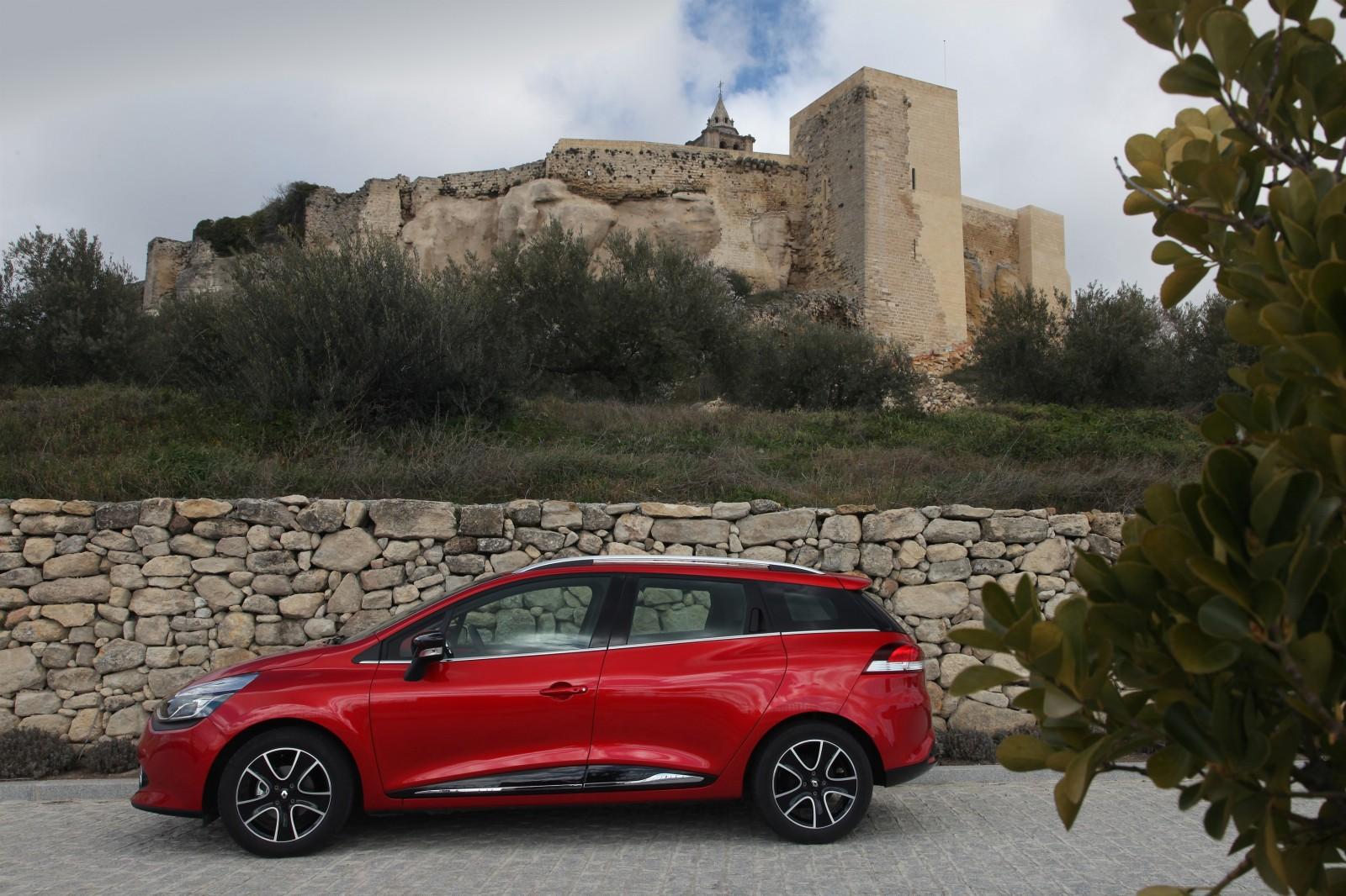 Renault_45382_global_en