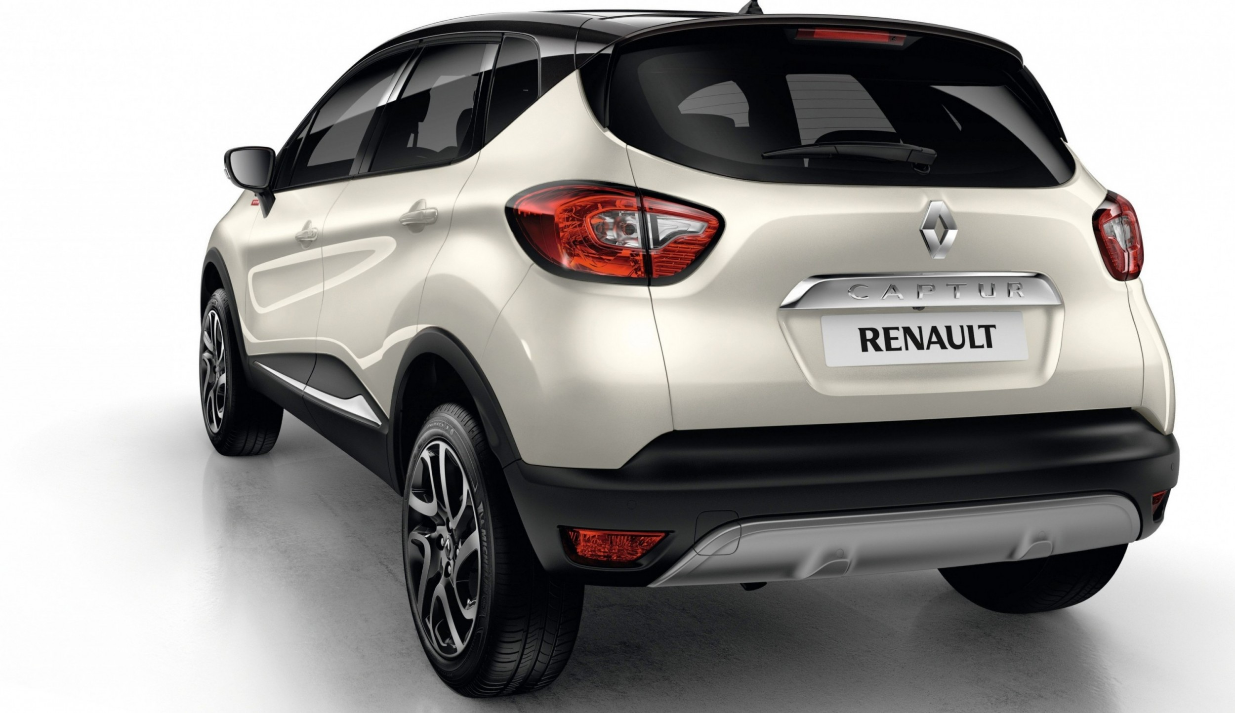 2014 Renault Captur Helly Hansen Edition Authentic Brand
