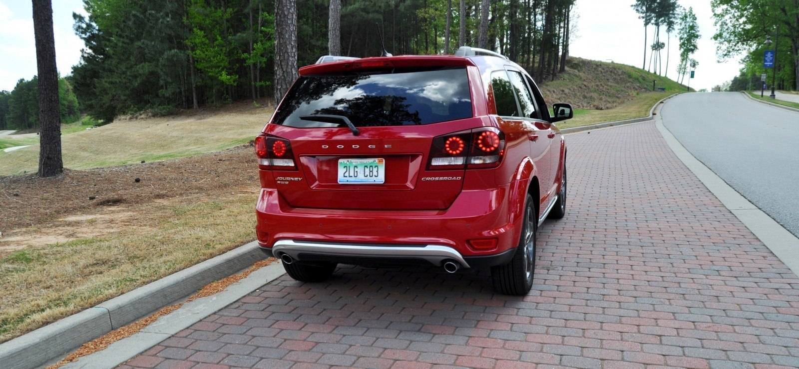 road test review 2014 dodge journey crossroad we would cross the road to avoid 14. Black Bedroom Furniture Sets. Home Design Ideas