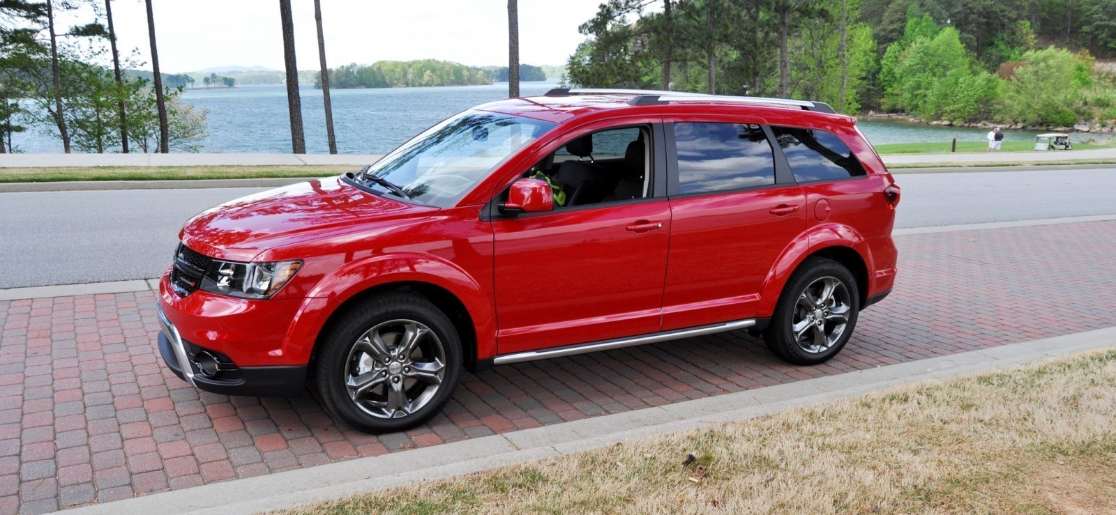 Road Test Review - 2014 Dodge Journey Crossroad - We Would Cross the Road to Avoid 28
