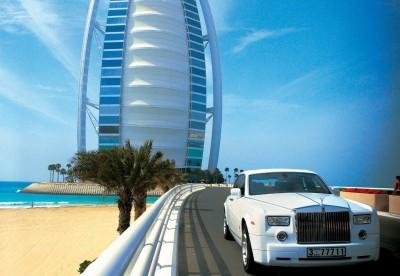 retro-burj-al-arab-rolls-royce-phantom