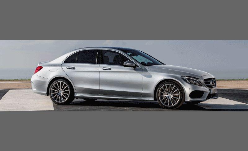 CarRevsDaily.com - 2015 Mercedes-Benz C-Class Debut GIF