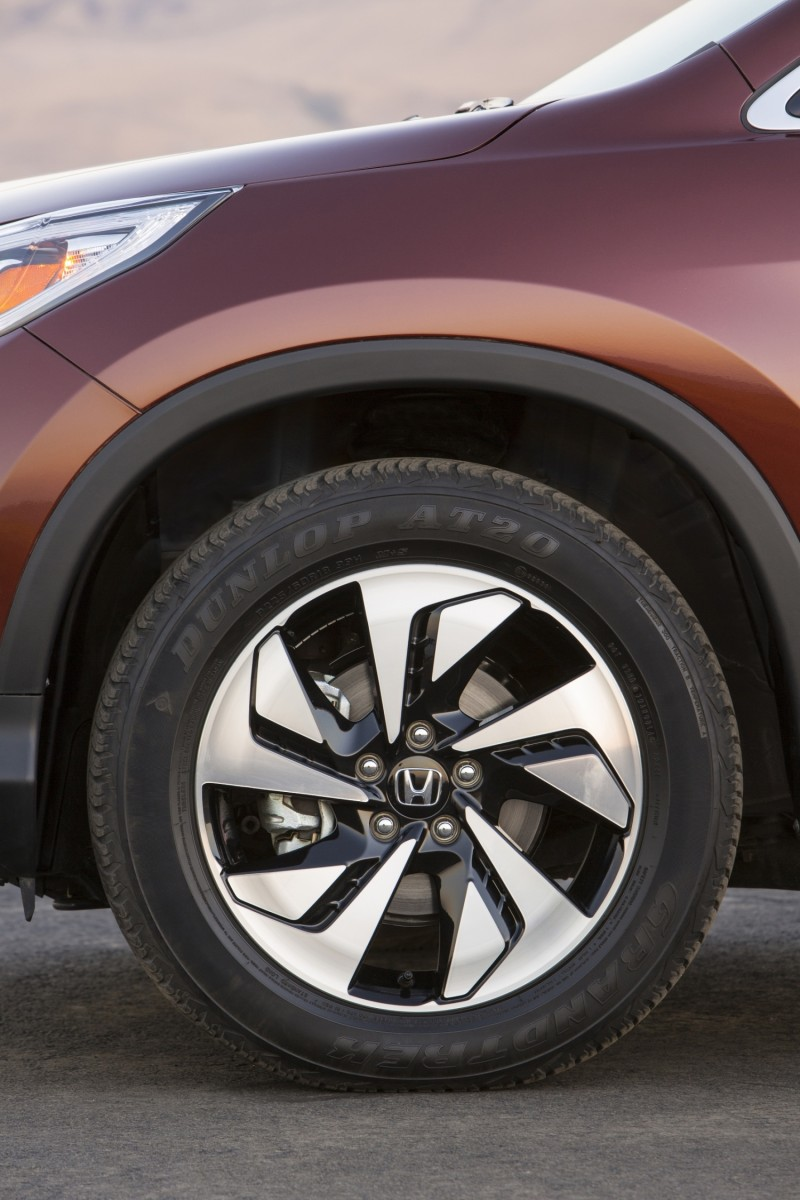 2015 Honda CR-V Revealed With More Torque, More Tech and New Touring Trim 17