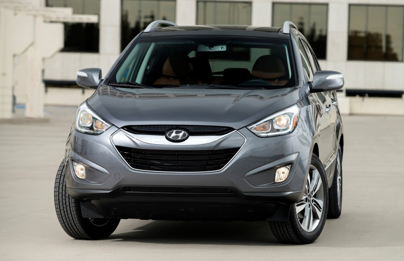 2015 Hyundai Tucson is Trendy Crossover With Loaded Pricing Under $30,000 6