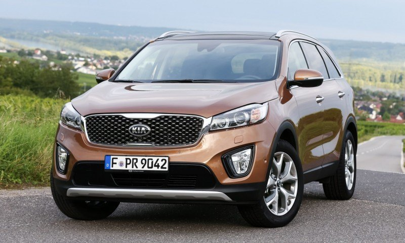 2016 Kia Sorento Debuts in Paris With Jaguar-Baiting Style at Ford Prices 40