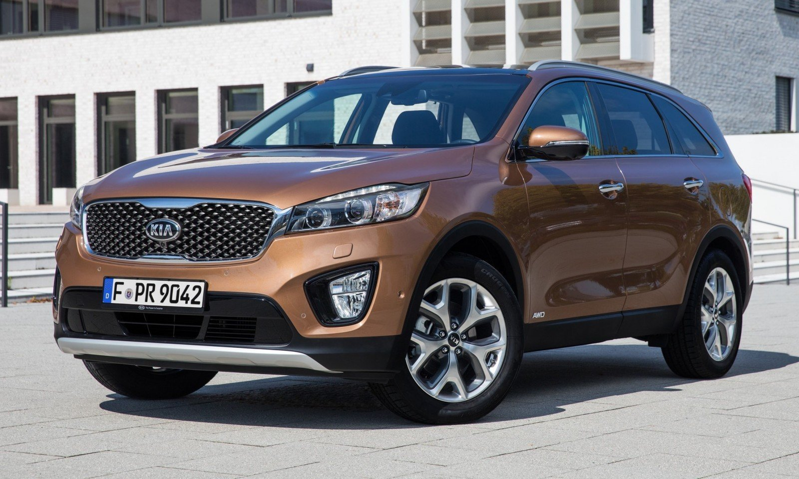 2016 kia sorento debuts in paris with jaguar baiting style at ford prices 47. Black Bedroom Furniture Sets. Home Design Ideas