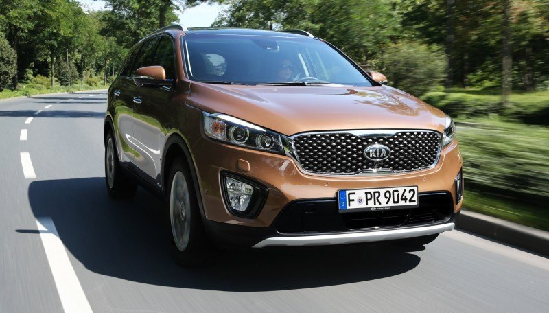 2016 Kia Sorento Debuts in Paris With Jaguar-Baiting Style at Ford Prices 53