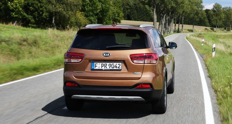 2016 Kia Sorento Debuts in Paris With Jaguar-Baiting Style at Ford Prices 58