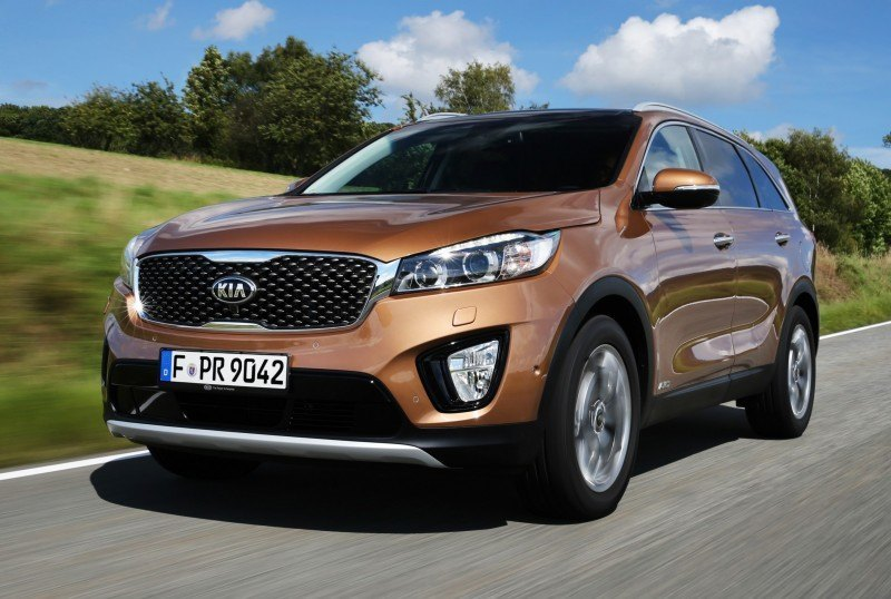 2016 Kia Sorento Debuts in Paris With Jaguar-Baiting Style at Ford Prices 62