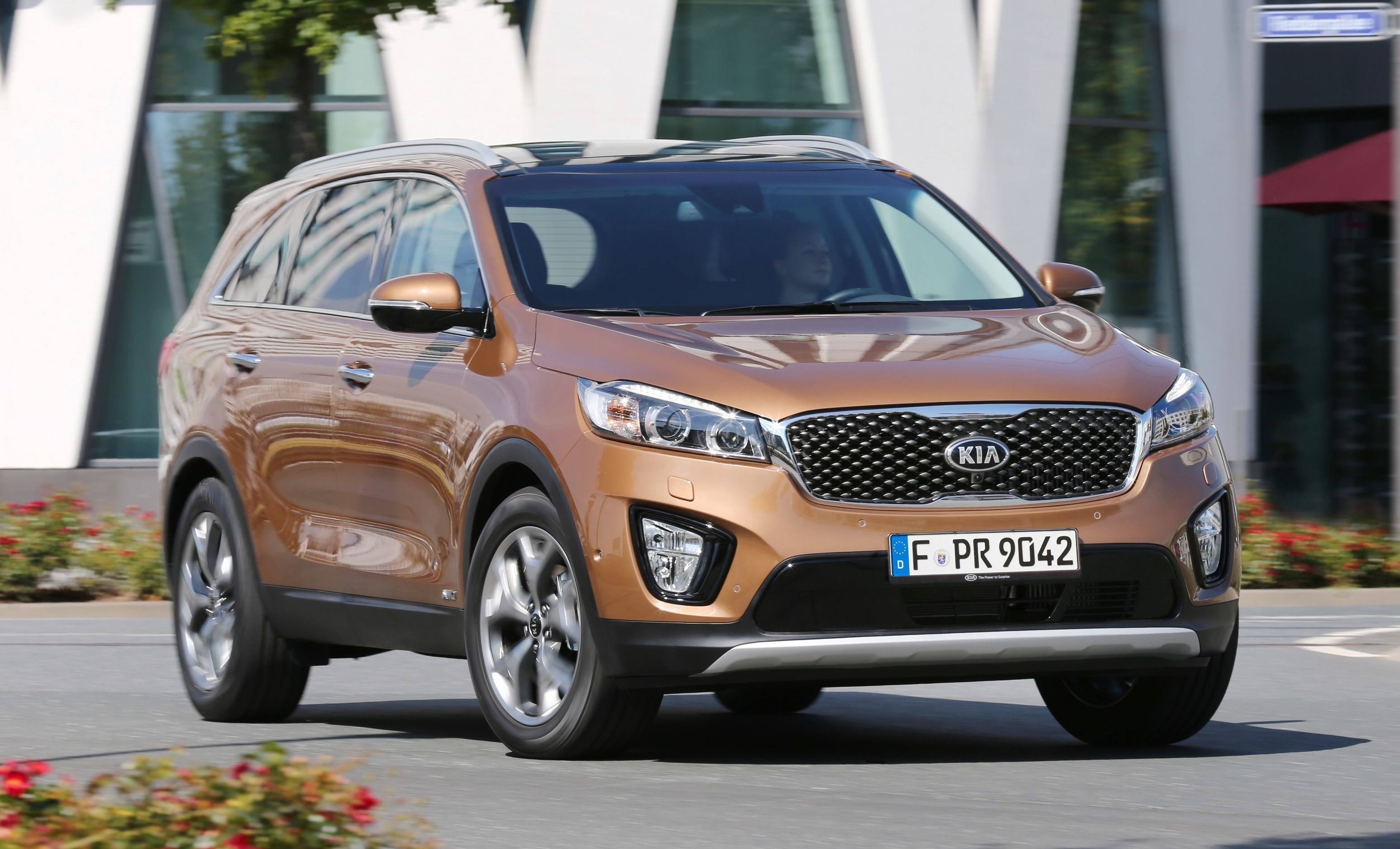 kia price ford at with style sxl paris sorento debuts in jaguar prices baiting