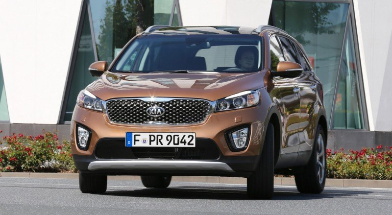 2016 Kia Sorento Debuts in Paris With Jaguar-Baiting Style at Ford Prices 65